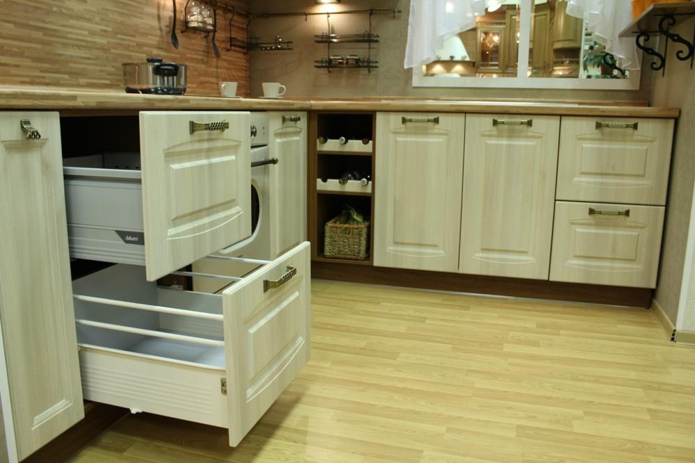 Белый кухонный гарнитур-Кухня МДФ в ПВХ «Модель 128»-фото8