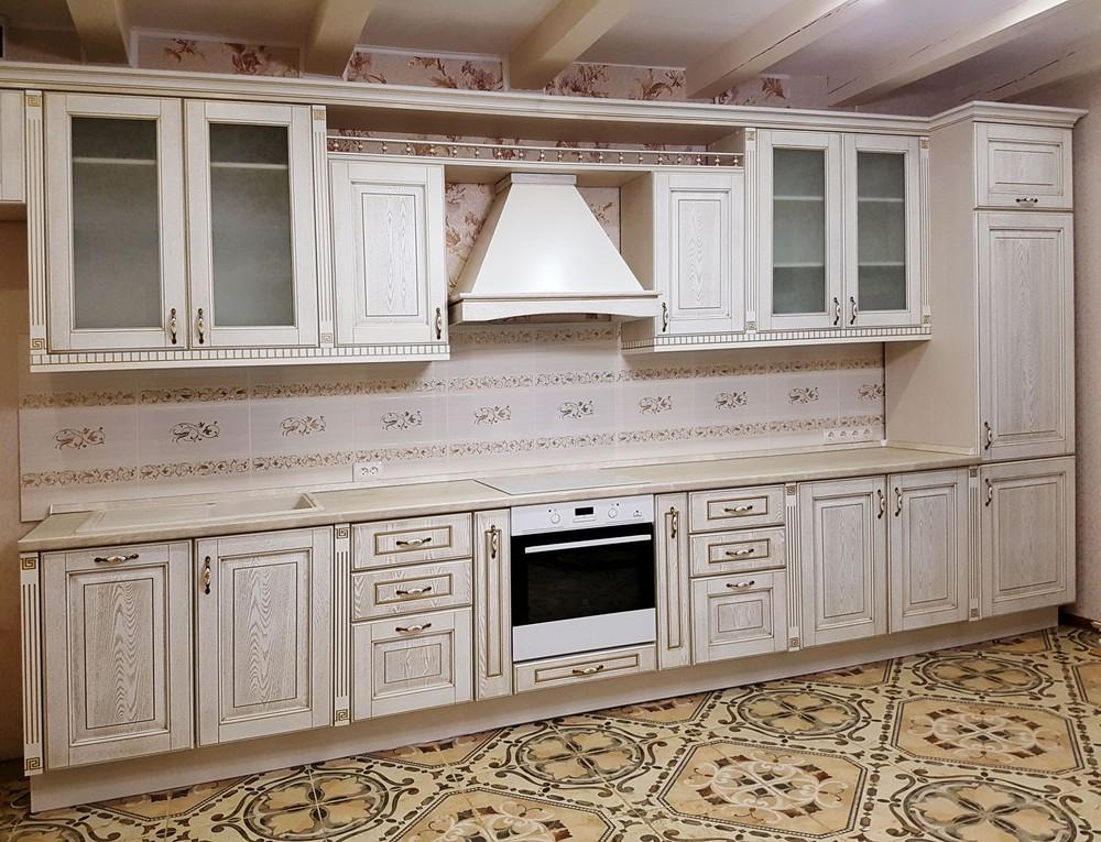 Белый кухонный гарнитур-Кухня из массива «Модель 174»-фото1