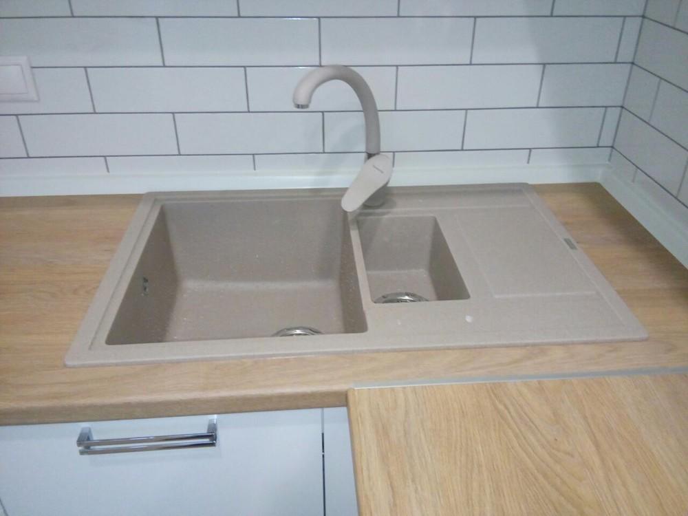 Акриловые кухни-Кухня из пластика «Модель 225»-фото3