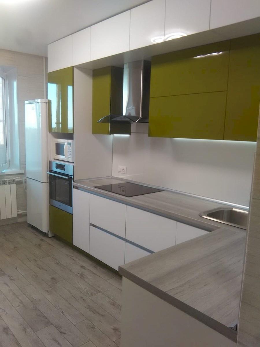 Белый кухонный гарнитур-Кухня из пластика «Модель 572»-фото3